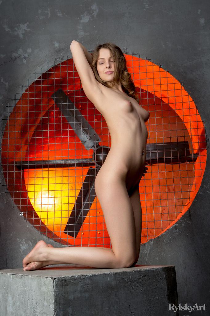 Photoshoot with beautiful and naked Nikia - 11
