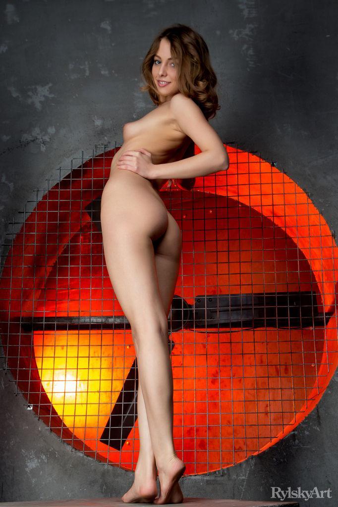 Photoshoot with beautiful and naked Nikia - 8
