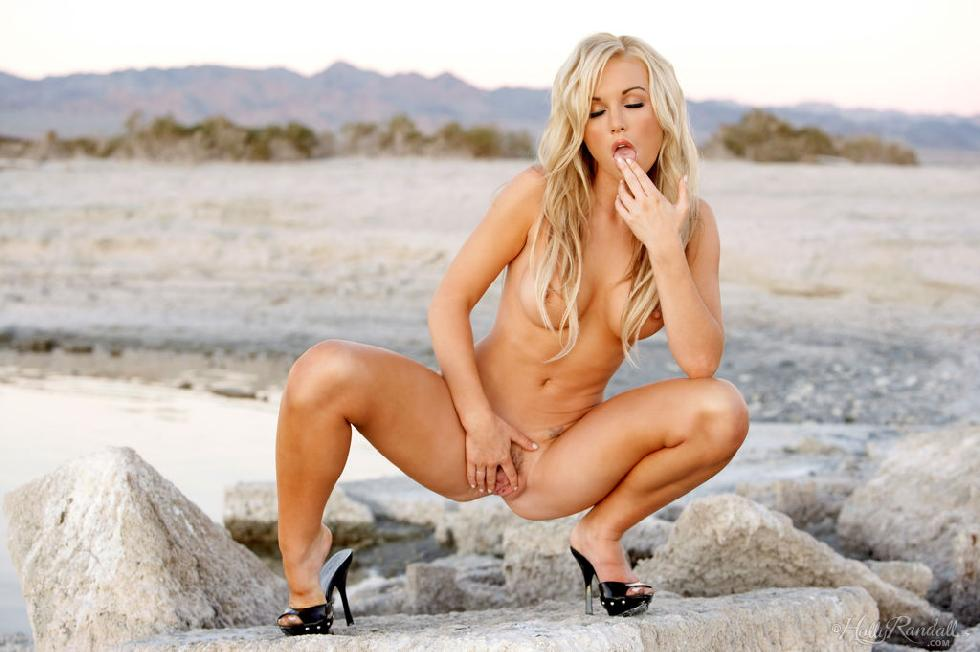Kayden Kross shows her hot body - 11