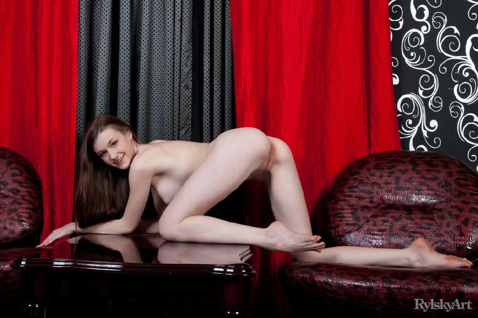 Gorgeous Emily shows young naked body
