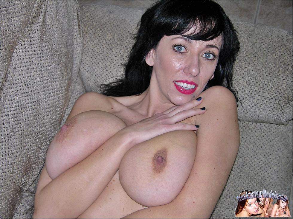 Busty MILF with huge natural boobs - Frankie - 6