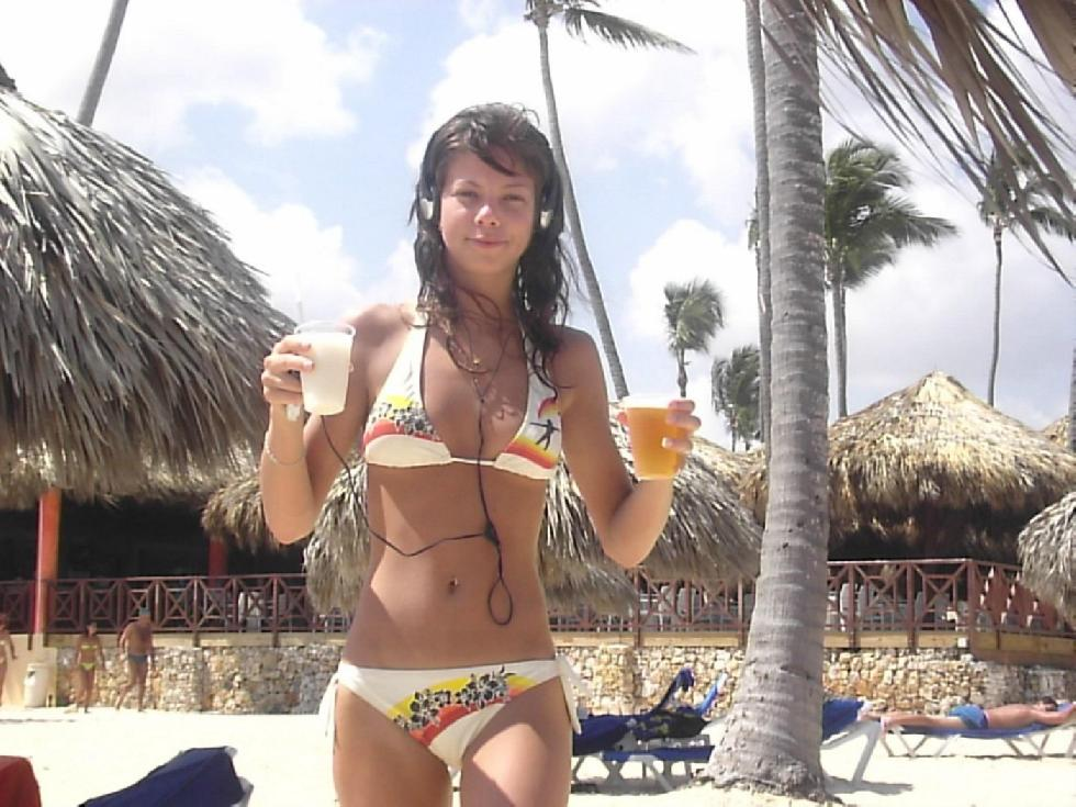 Vacation with pretty young girl - 3