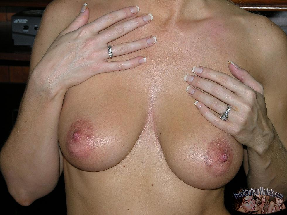 Busty wife with sexy natural body - Christina - 9