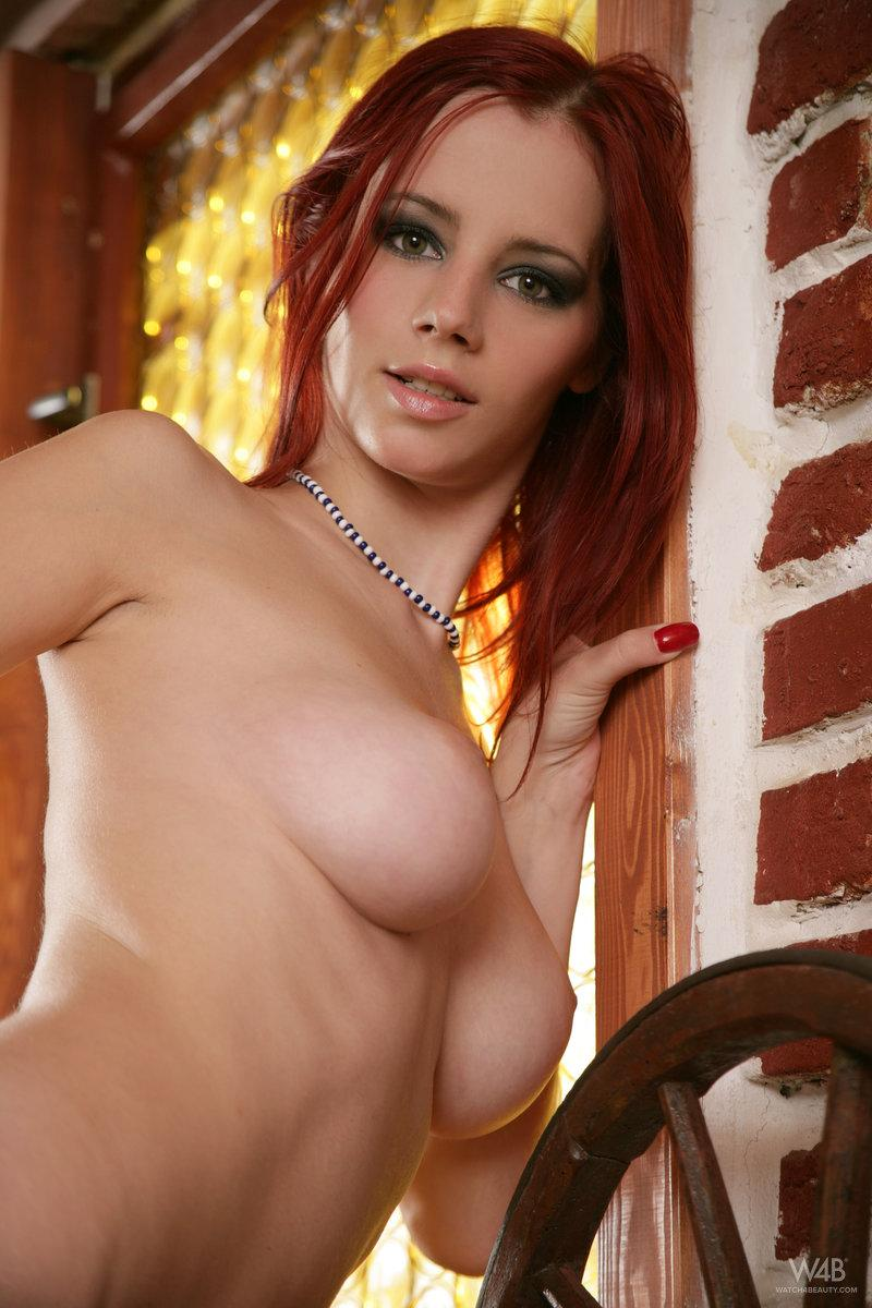 Stunning Ariel is tempting on the table - 7