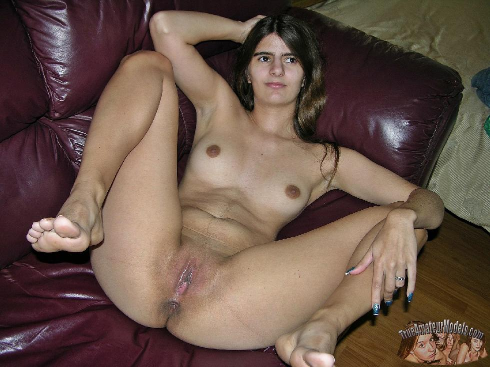 Long-haired Nissa shows shaved pussy - 7