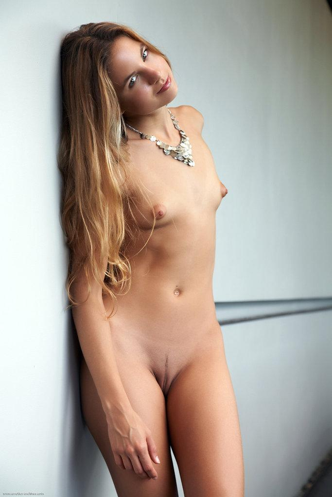 Naked young girl is posing on the balcony - Antea - 2
