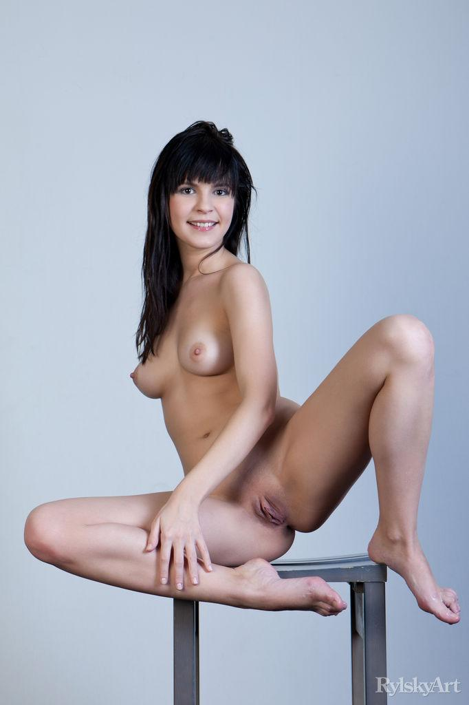 Naked Zelda is posing on the chair - 12