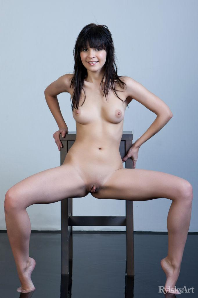 Naked Zelda is posing on the chair - 3