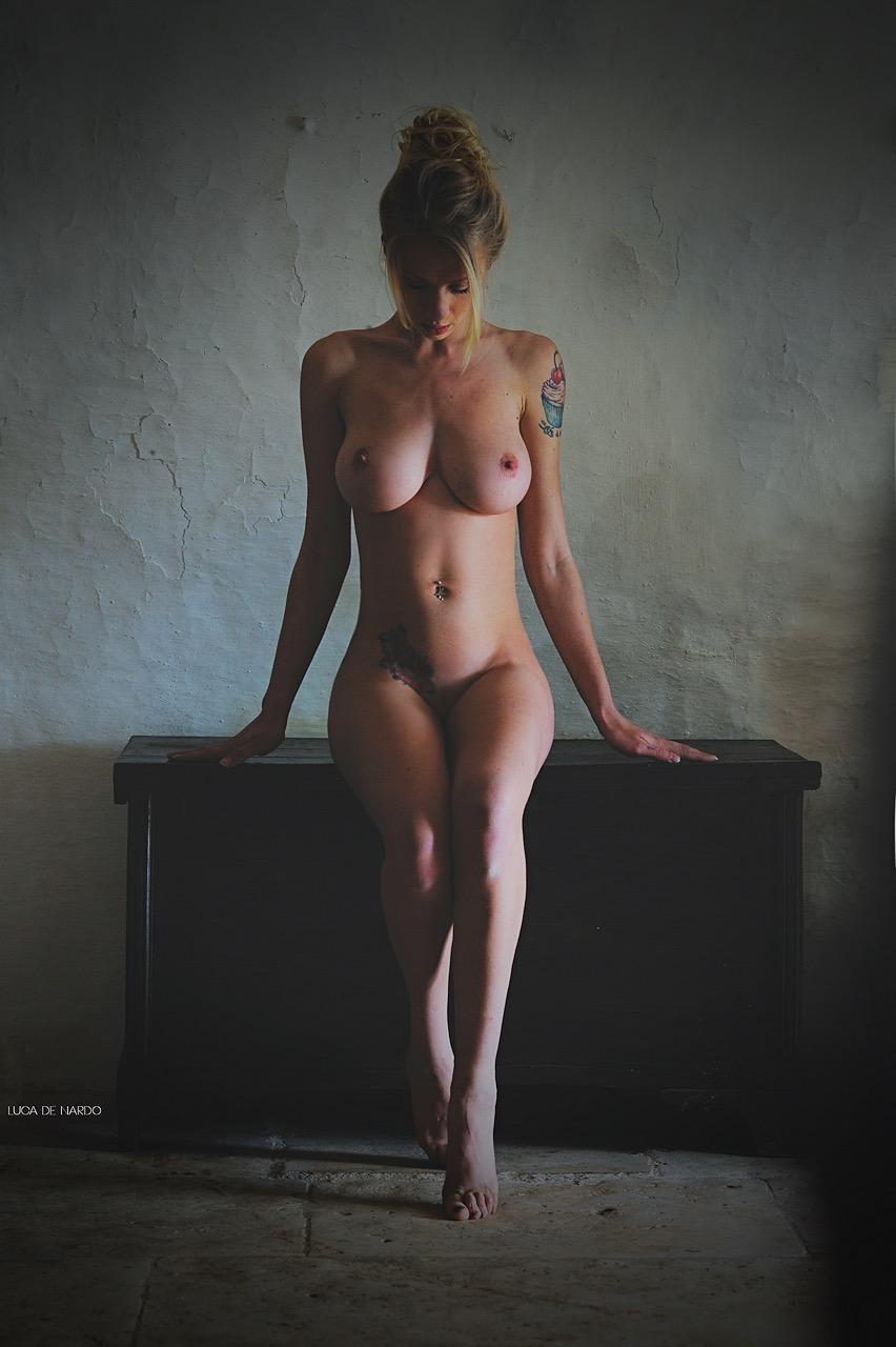 Weekly erotic picdump - 08/2018 - 19