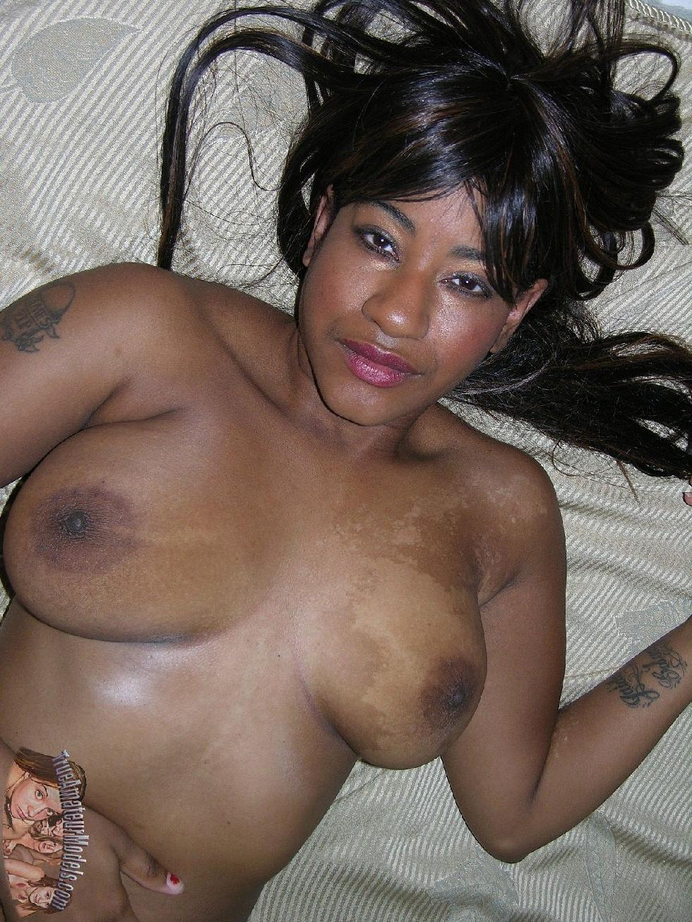 Busty ebony with tattoo - Kendra - 9