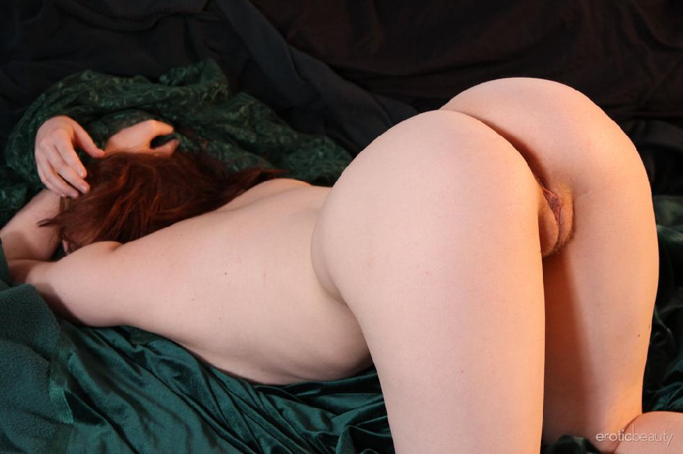 Red-haired Kimberly shows firm ass - 16