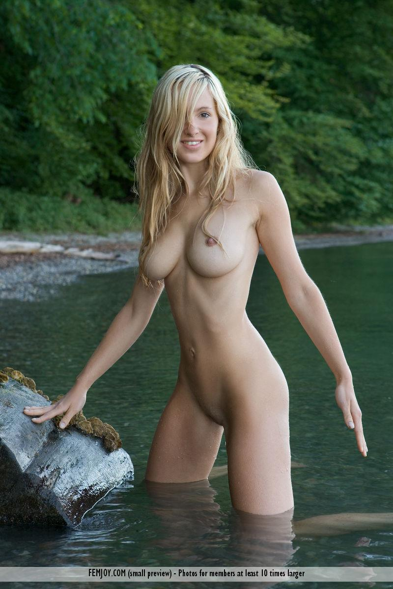Nice naked women pictures