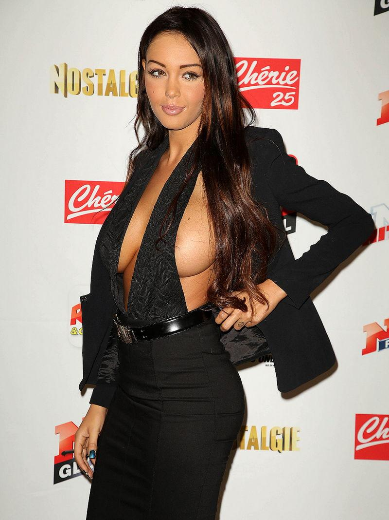 Nabilla Benattia is showing her tit and nipple - 5