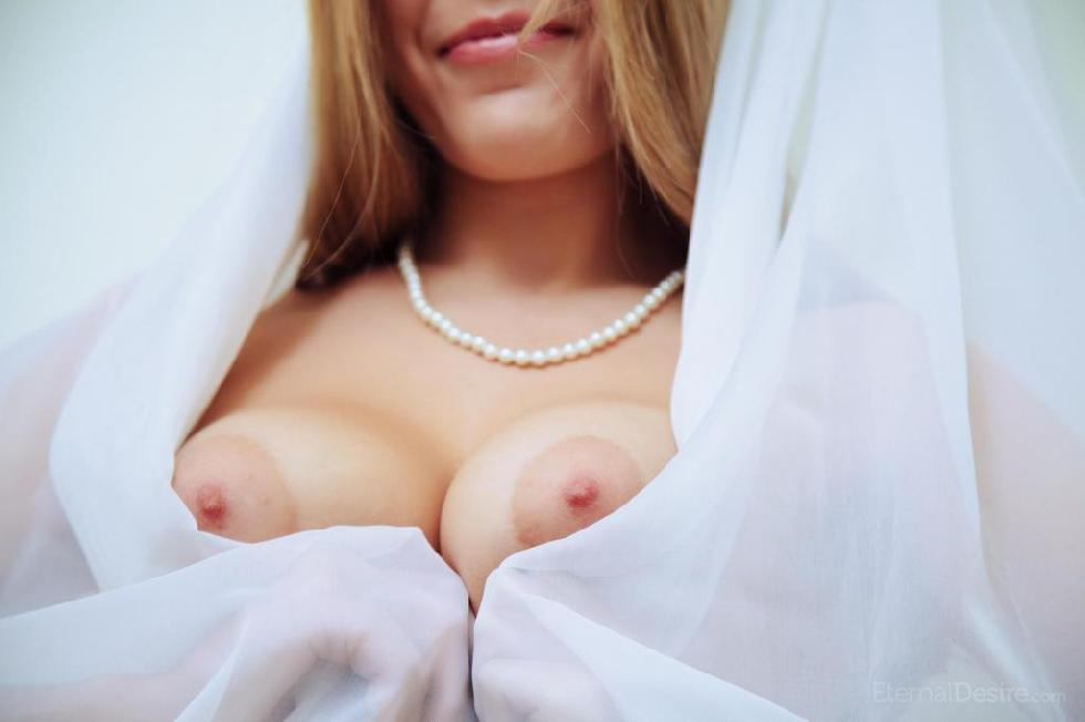 Naked Chloe is presenting her hairy pussy - 1
