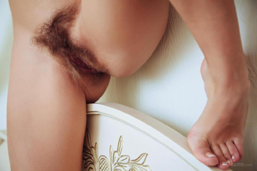Naked Chloe is presenting her hairy pussy - 8
