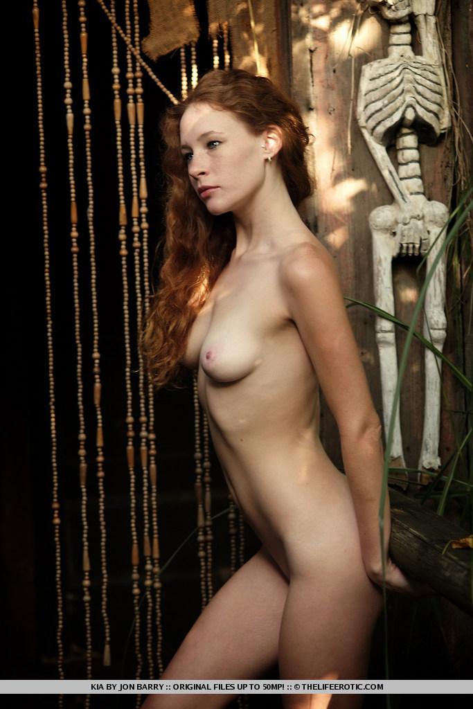 Freckled redhead in mystique session - Kia - 16