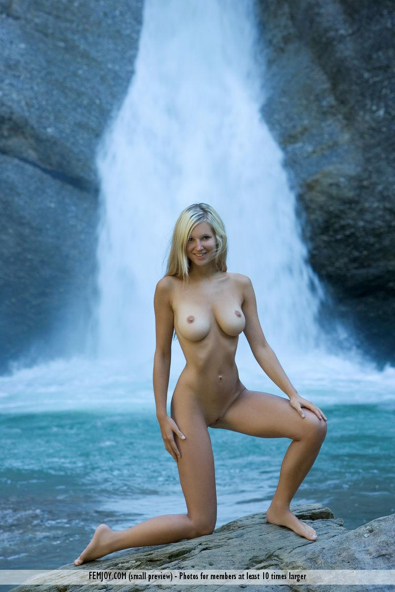 Naked blonde girl by the waterfall - Corinna - 4