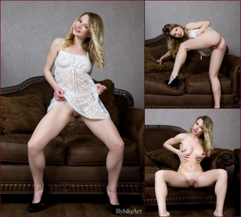 Malinda wants to show you her meaty pink pussy - 57