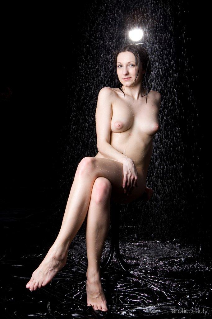 Wet Shirley in professional photoshoot - 11