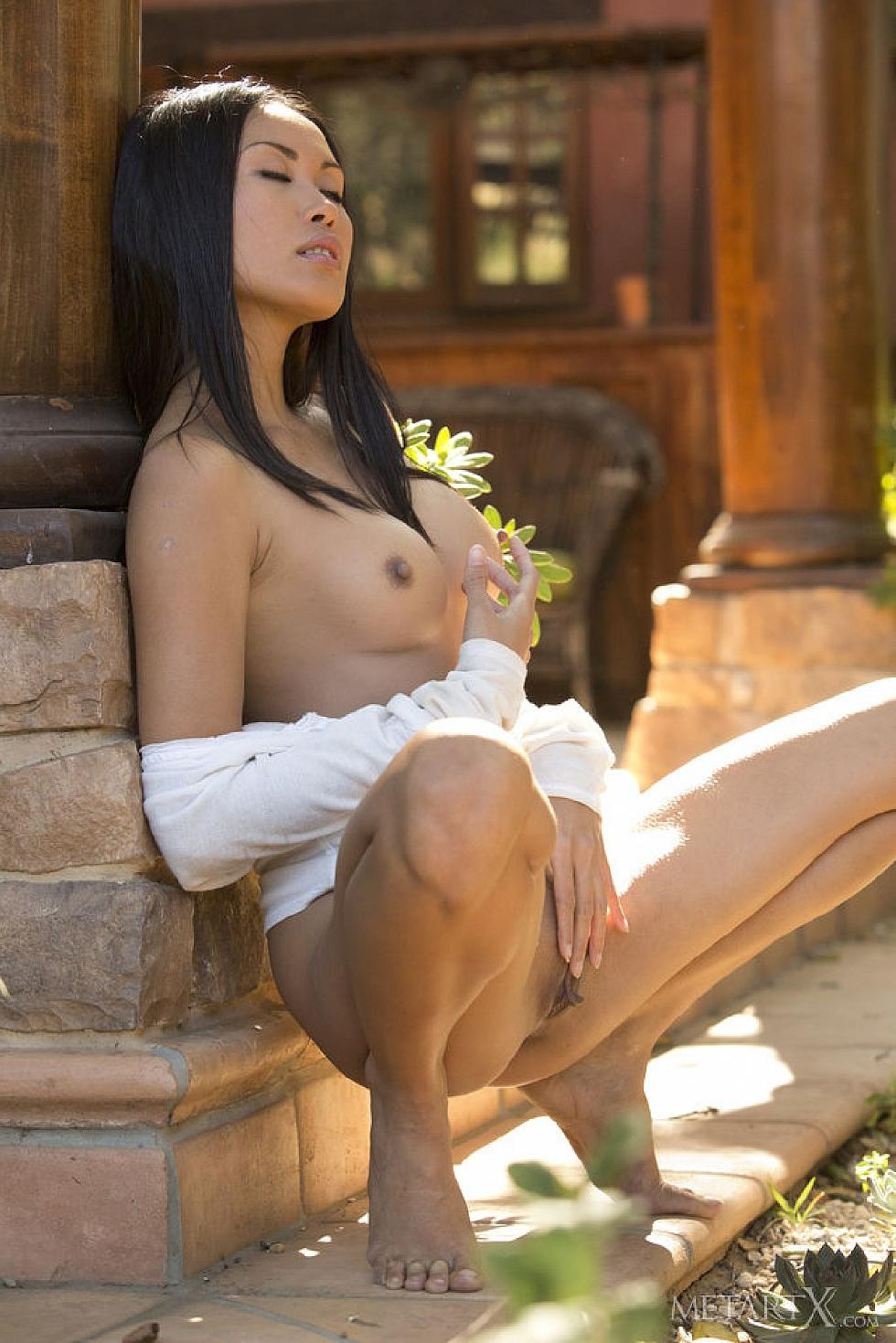 Sensual Asian named Davon Kim - 11
