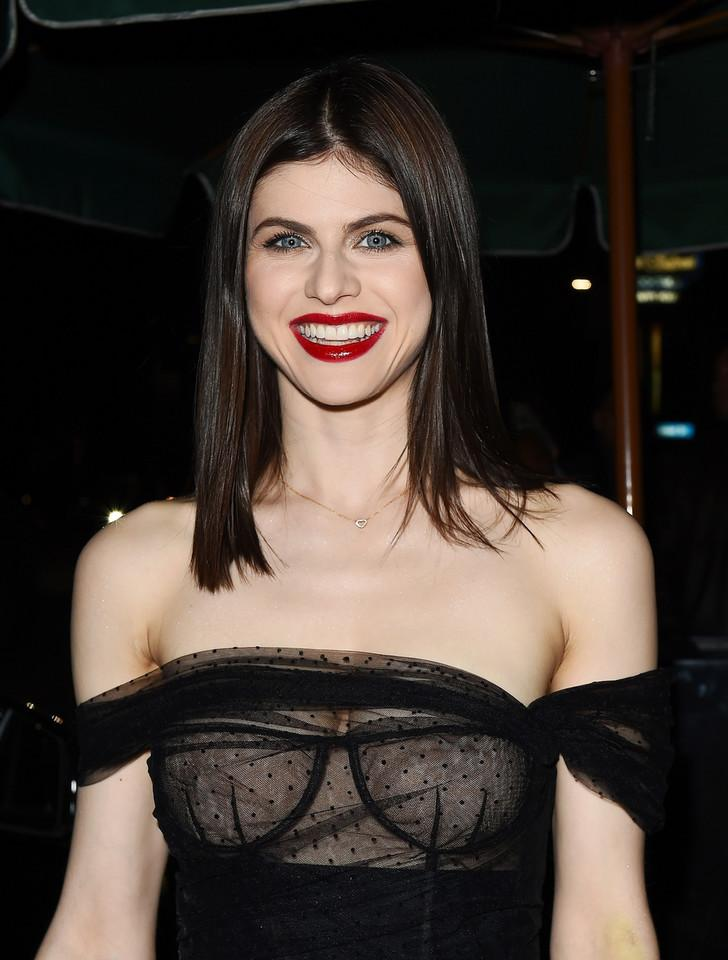 Alexandra Daddario in very sexy dress - 3
