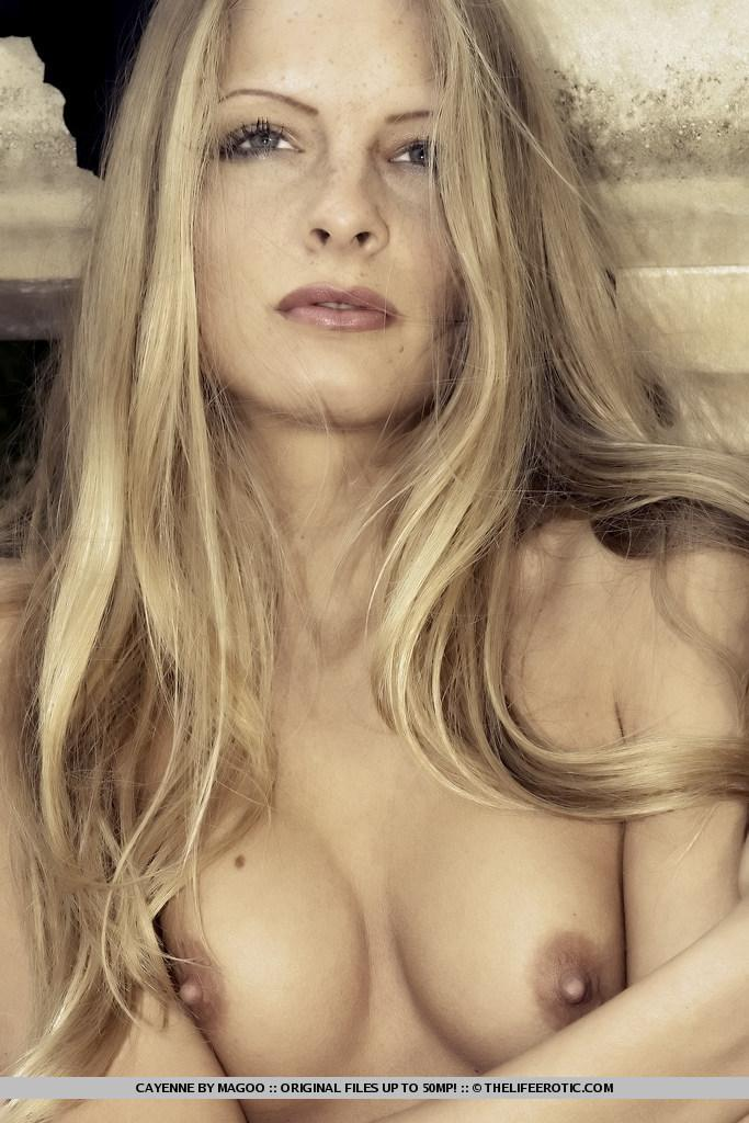 Slim and leggy blonde named Cayenne - 10