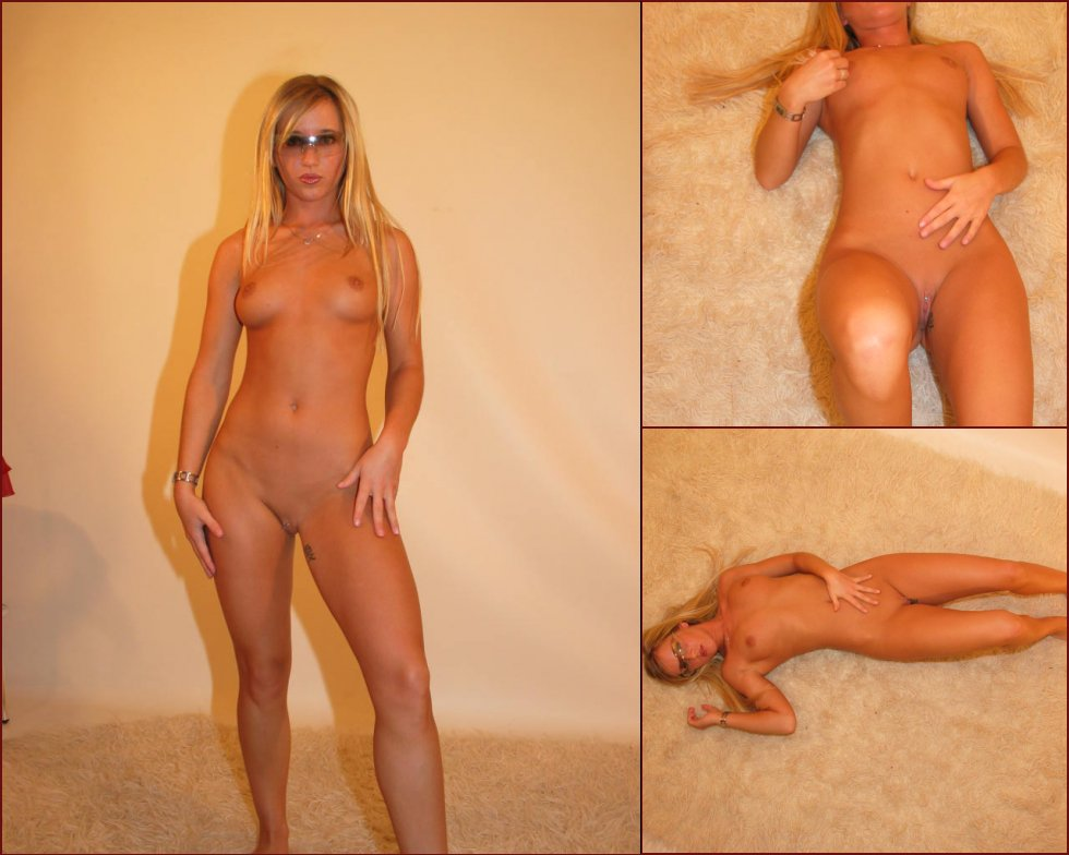 Naked amateur is showing her wonderful ass - 40