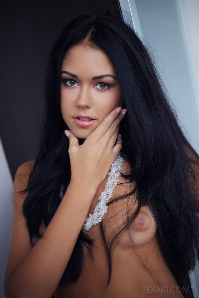 Gorgeous brunette shows pink pussy - Macy - 5