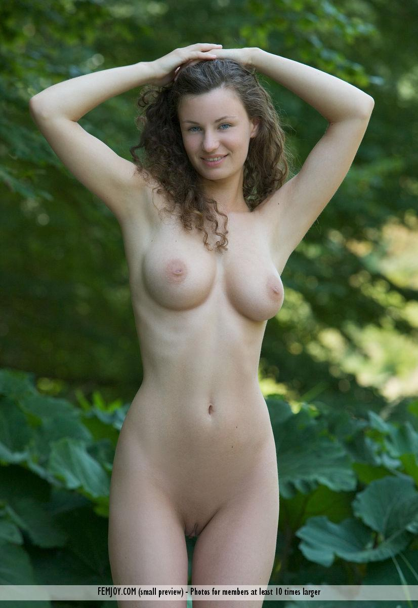 Naked session in nature with beautiful Susann - 8