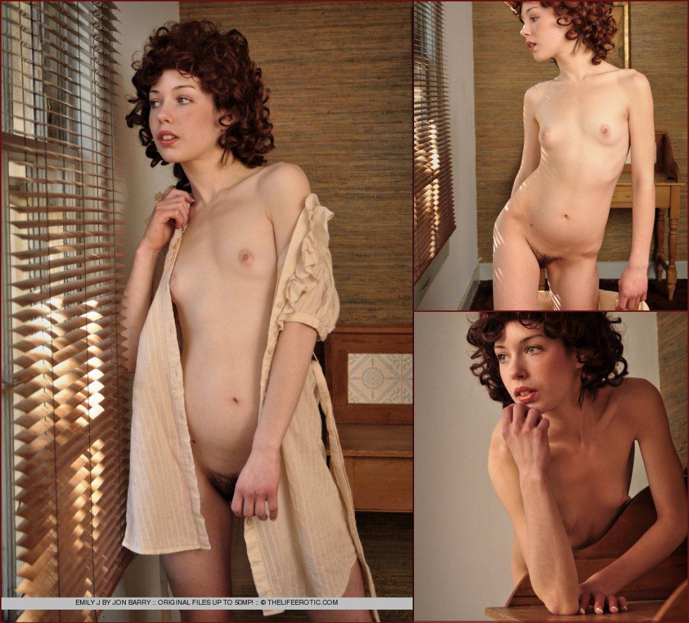 Young girl with curly red hair - Emily Windsor - 49