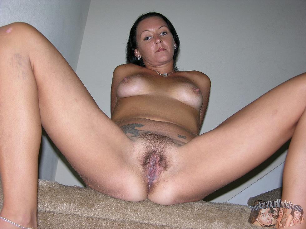 Tanned wife is showing her body - Katherine - 10