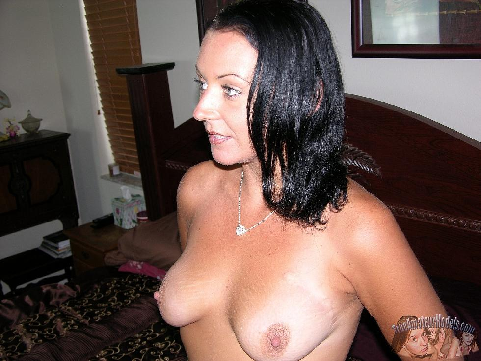 Tanned wife is showing her body - Katherine - 12