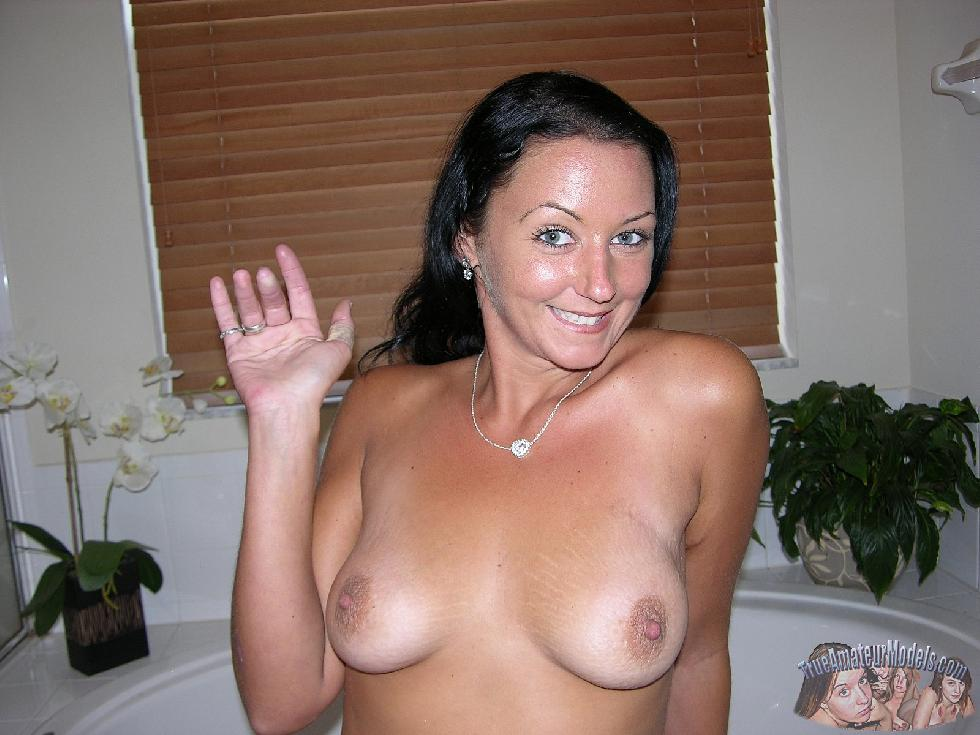 Tanned wife is showing her body - Katherine - 16