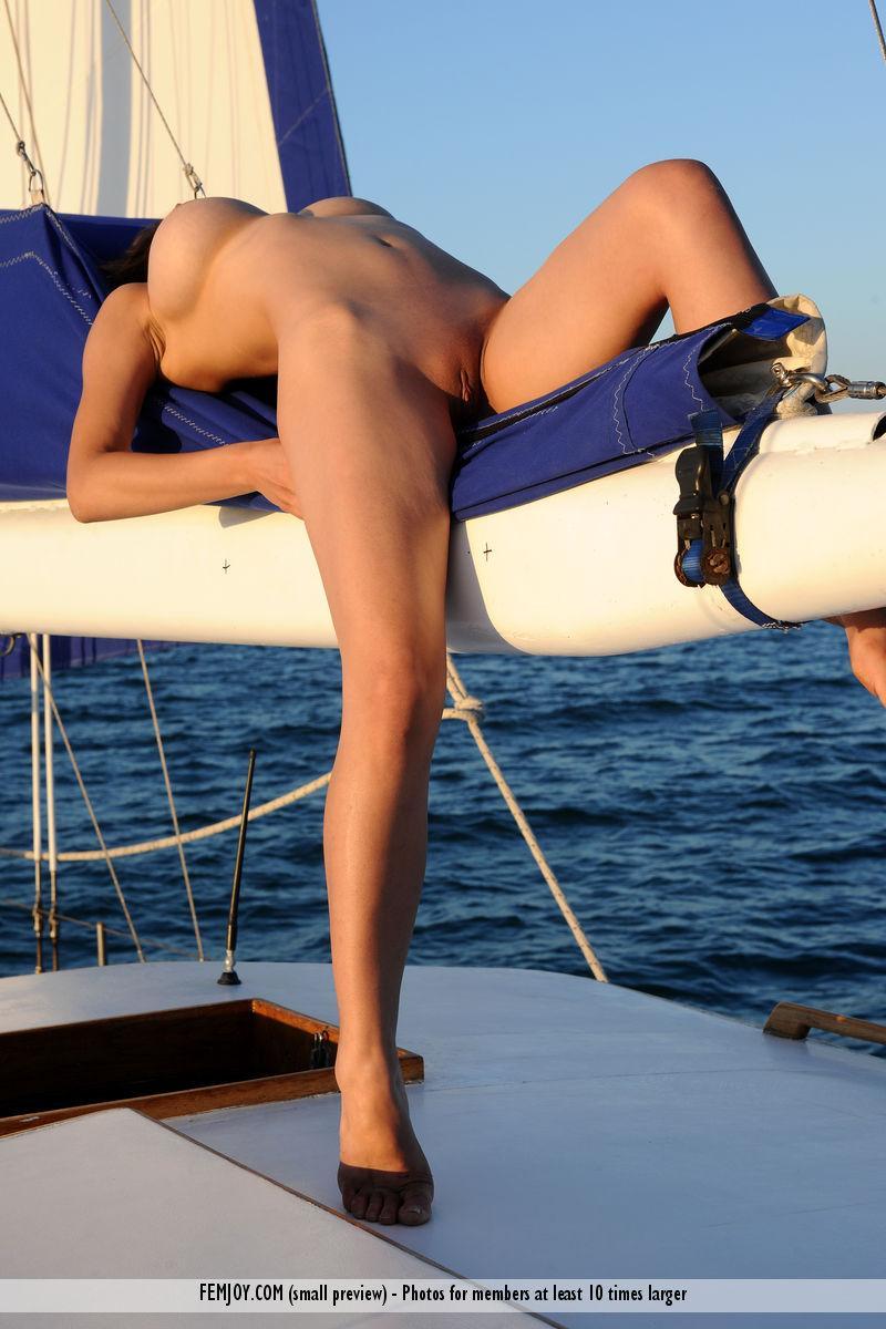 Amazing Yara and her holidays at the sea. Part 2 - 10
