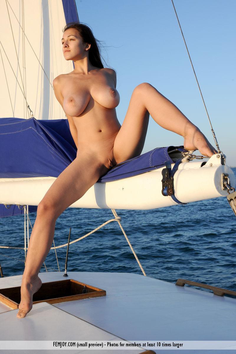 Amazing Yara and her holidays at the sea. Part 2 - 11