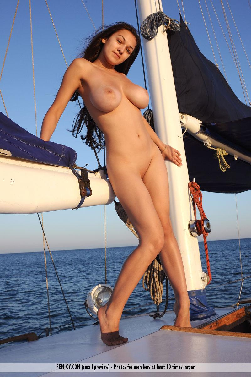Amazing Yara and her holidays at the sea. Part 2 - 9