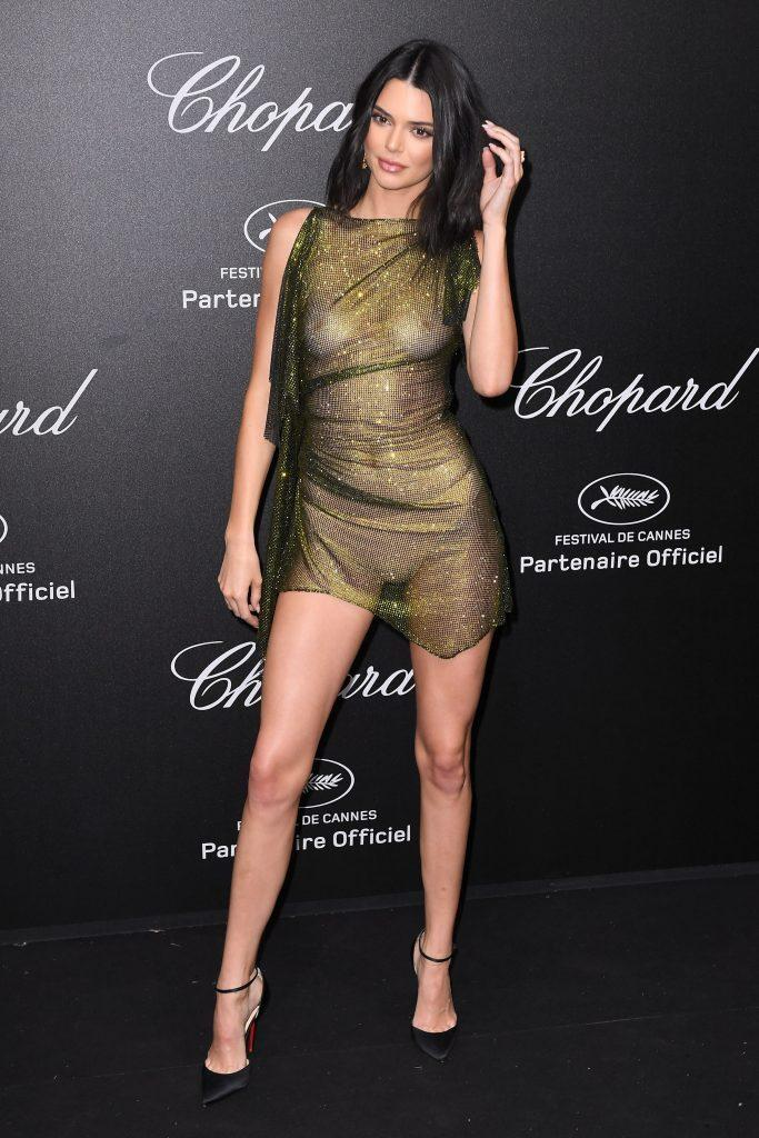 Kendall Jenner is showing tits in transparent dress - 6