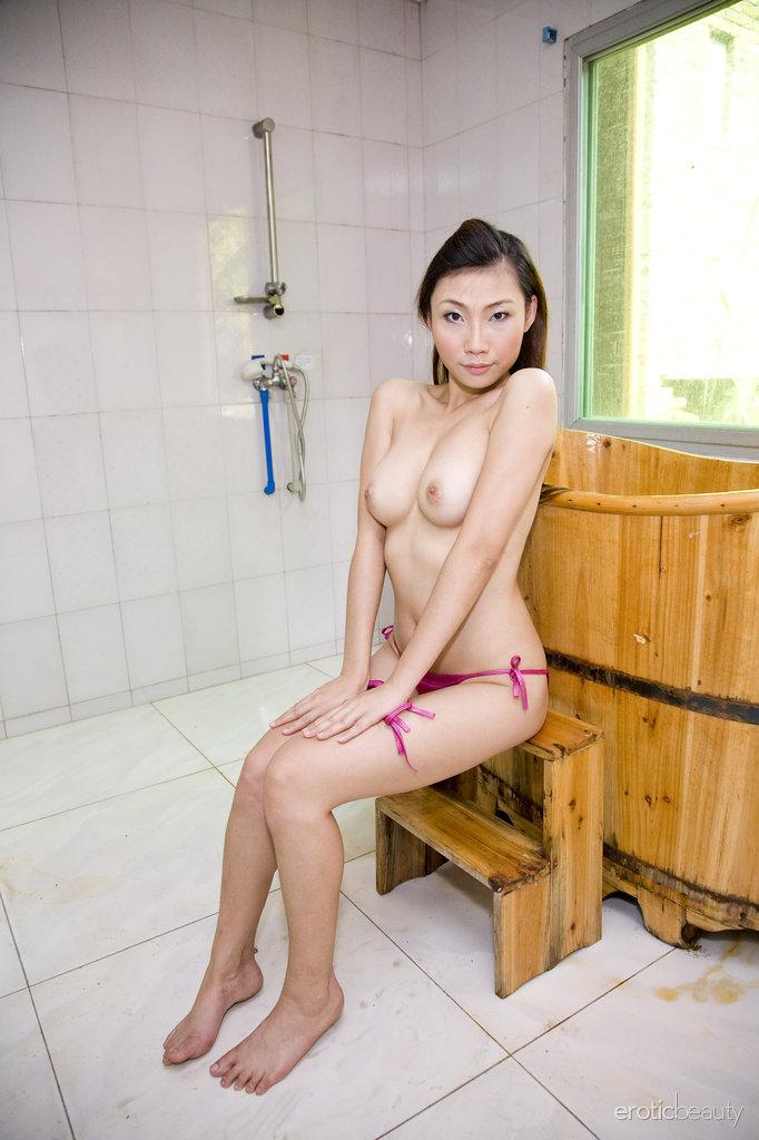 Pretty Asian is posing in the bathroom - Sophier - 4