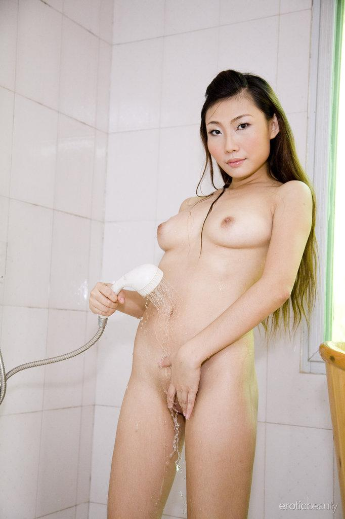 Pretty Asian is posing in the bathroom - Sophier - 8