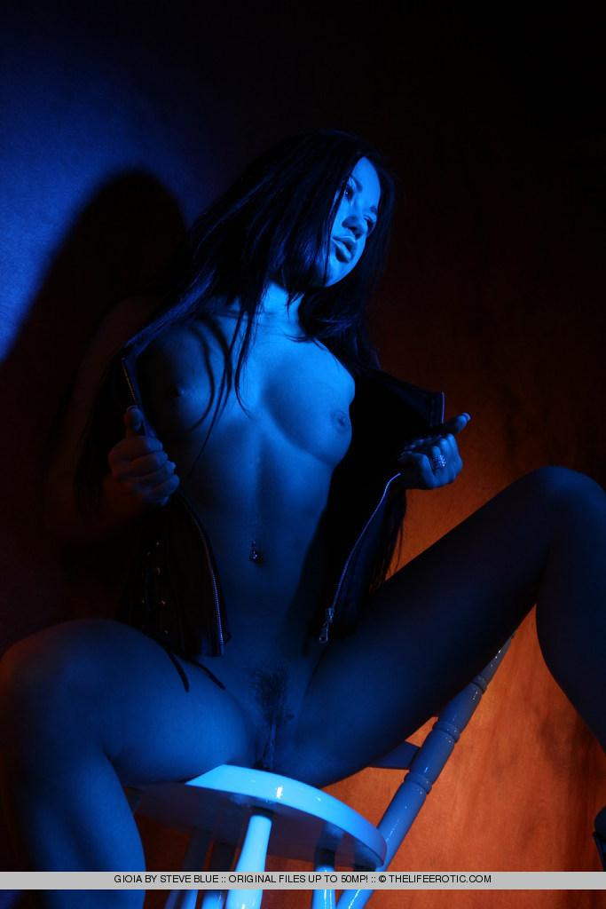 Sexy Gioia in blue session - 14