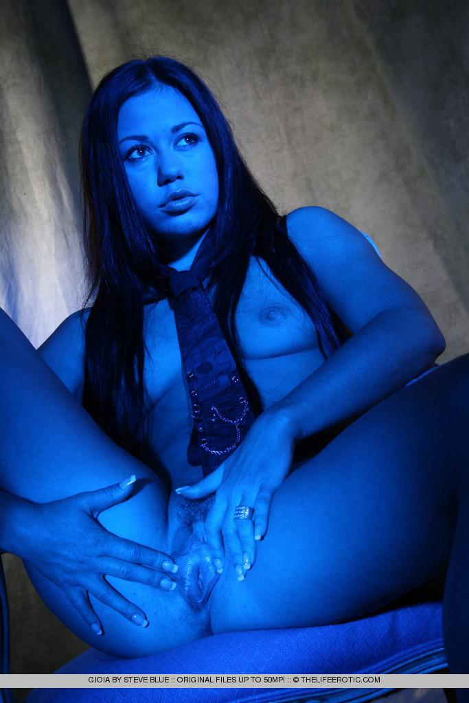 Sexy Gioia in blue session - 7