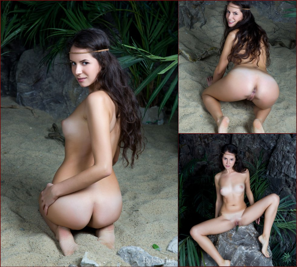 Naked gorgeous girl in the cave - Swan - 41