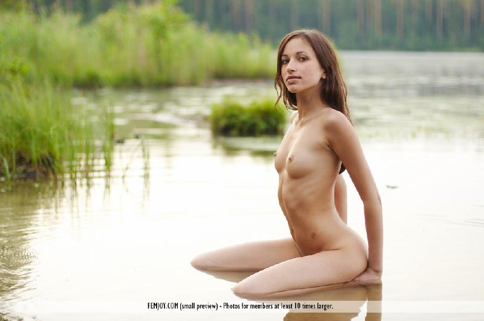 Cute redhead in the lake - Marie - 14