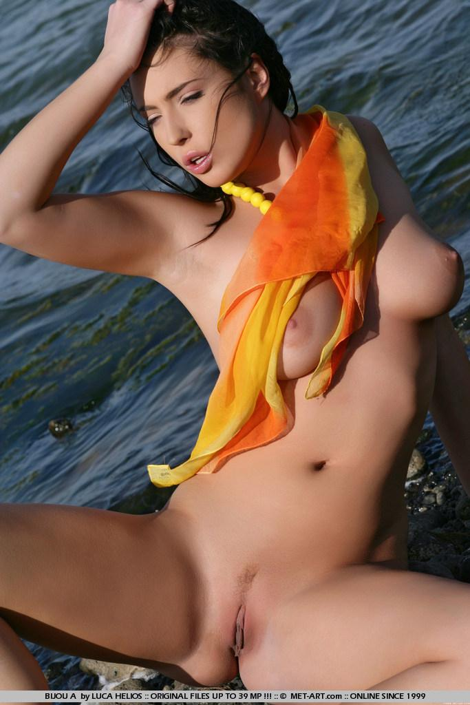 Naked Bijou is tempting on the rocky beach - 7