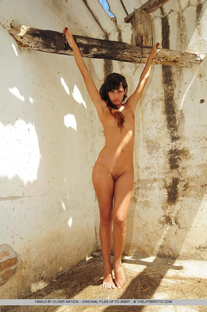 Young Yamile is posing naked in ruined house - 11
