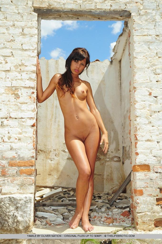 Young Yamile is posing naked in ruined house - 2