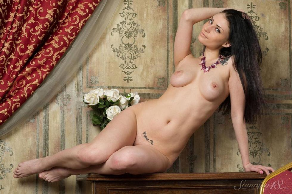 Stunning brunette with great body - Marina - 14