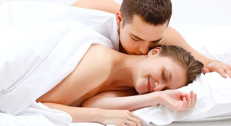 7 Tips on Morning Sex - 8