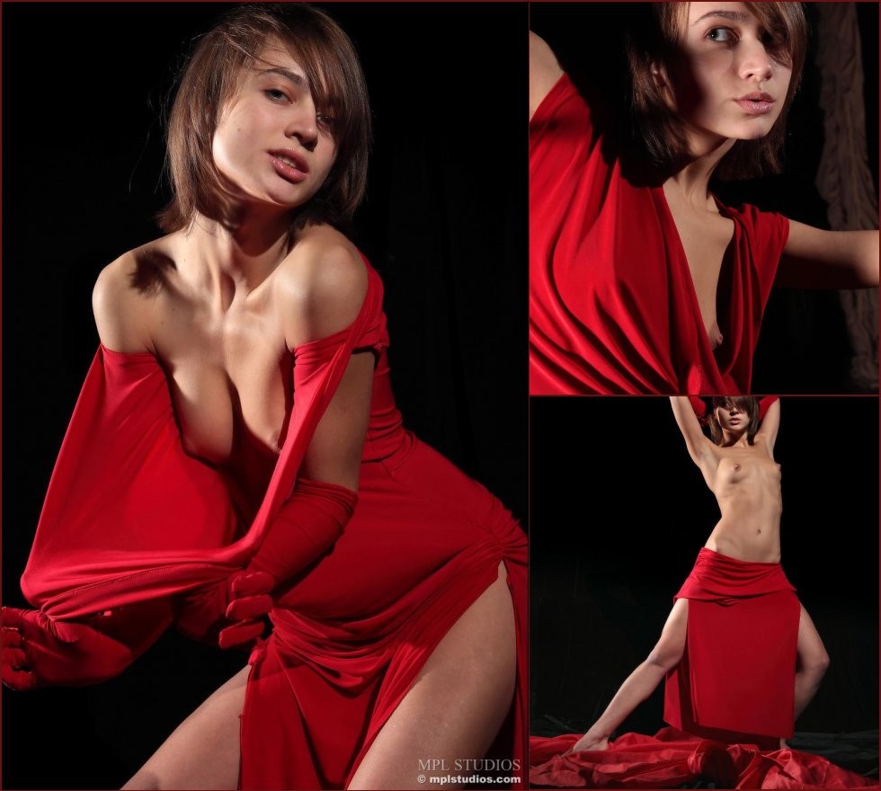 Pretty Lera is posing in red gloves. Part 1 - 1