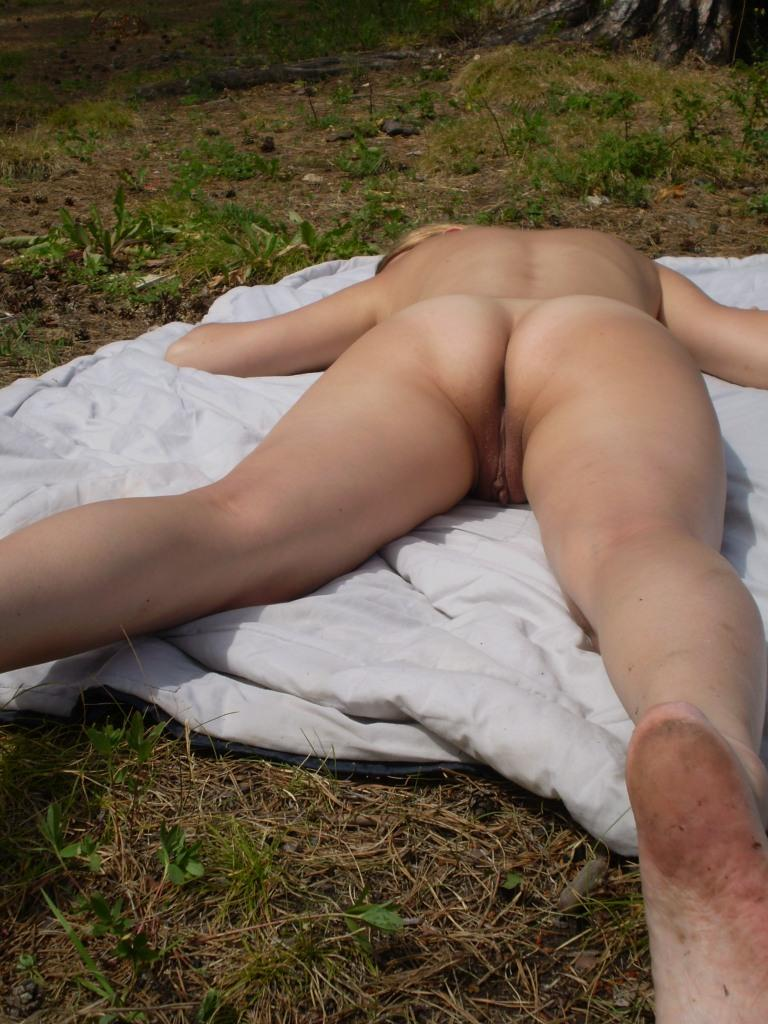 Naked amateur is sunbathing on the tower - 7